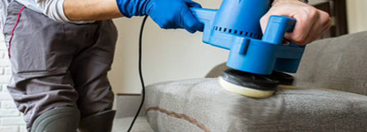 Professional Upholstery cleaning Servic